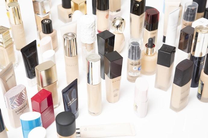 Sử Dụng Thực Tế và Đánh Giá Kem Nền Estee Lauder Double Wear Stay-In-Place Makeup!